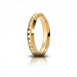 Fede Unoaerre in oro giallo, modello Venere Slim, con 34 brillanti da ct 0,01, lucida - larghezza fascia 3mm unisex