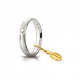Fede Unoaerre in oro bianco modello Comoda da 4 mm con brillante da 0,03ct satinata unisex